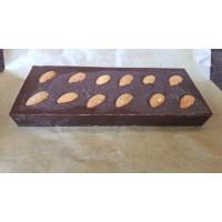 Натуральный шоколад на меду с миндалем (70% какао), на вес